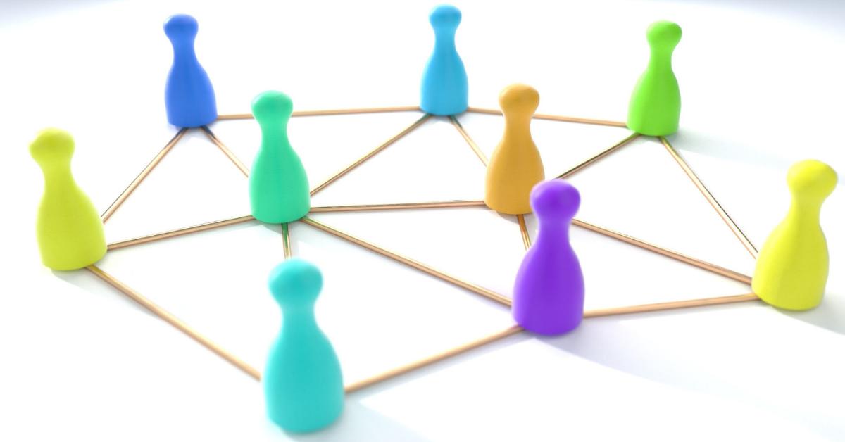 Samassa verkossa – opintopiiristä oppia hybridiopetukseen